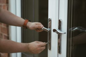 Locksmith Sydney with 27 Years of Service Experience | iUnlock Locksmith